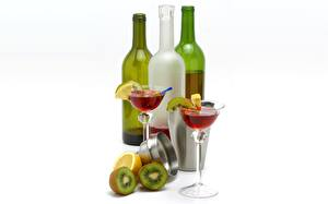 Обои Вино Киви Лимоны Коктейль Бутылка Бокалы Продукты питания