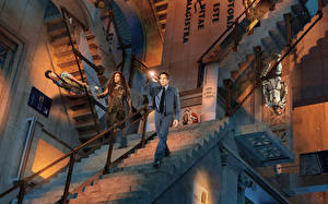 Обои Ben Stiller Мужчины Лестница Музеи Night at the Museum: Secret of the Tomb Фильмы Знаменитости