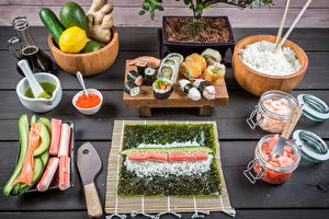 Фотографии Морепродукты Суси Овощи