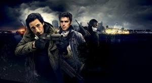Обои Adrien Brody Hayden Christensen Мужчины Ружьё Трое 3 American Heist Фильмы Знаменитости фото