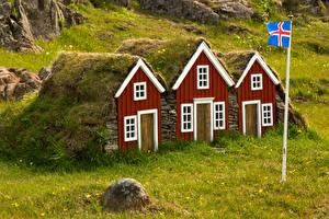 Картинки Исландия Дома Траве город