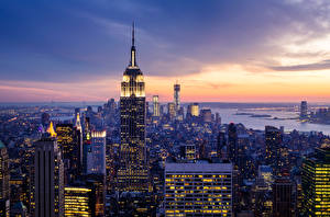 Картинка США Небоскребы Небо Нью-Йорк Мегаполис Ночные Города