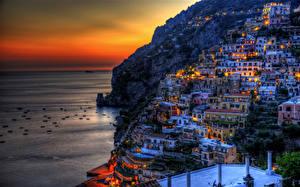 Картинка Италия Здания Горы Рассветы и закаты Побережье Позитано HDRI Города