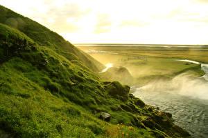 Обои Исландия Гора Реки Seljalandsfoss waterfall Природа