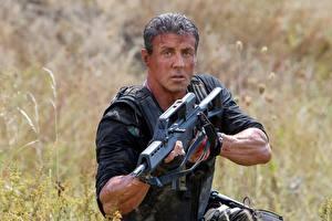 Обои Неудержимые Sylvester Stallone Мужчины Автоматы The Expendables 3, Barney Ross, Sylvester Stallone Фильмы Знаменитости