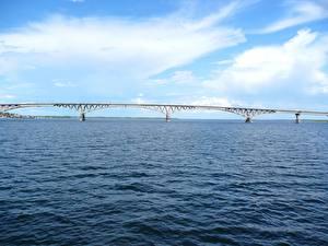 Картинка Мосты Речка Россия Небо Saratov Природа