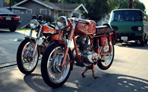 Фотографии Дукати Красный Двое Фары 175 supersport vintage classic