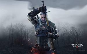 Обои The Witcher 3: Wild Hunt Мужчины Воители Геральт из Ривии Мечи Доспехи Gwynbleidd Vatt'ghern Игры фото