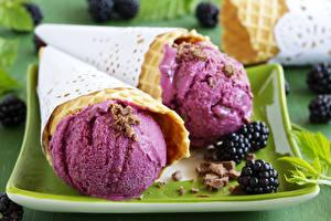 Фотография Мороженое Ежевика Продукты питания