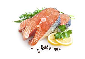 Картинка Морепродукты Рыба Лимоны