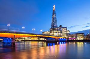 Фото Англия Великобритания Небоскребы Мосты Лондон Ночь Уличные фонари capital The Shard Southwark Bridge город