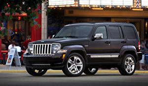 Фото Jeep Черный 2011 Liberty машина