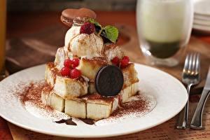 Картинки Мороженое Сладости Печенье Ягоды Крупным планом Тарелка