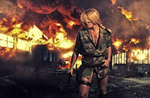 Фото Огонь Униформа Блондинка Девушки Армия