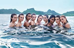 Обои для рабочего стола Candice Swanepoel Martha hunt Воде Lily Aldridge, Behati Prinsloo, Elsa Hosk, Jac Jagaciak, Stella Maxwell, Joan Smalls, Jasmine Tookes, Victoria's Secret Angel молодые женщины