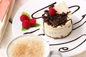Фото Малина Пирожное Крупным планом Напиток Сладкая еда Тарелке Пища