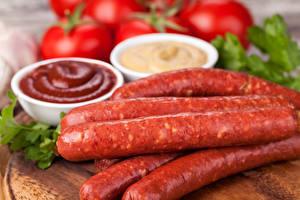 Картинка Мясные продукты Колбаса Кетчуп