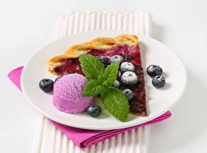 Картинки Сладости Мороженое Выпечка Пирог Черника Лист Тарелка Мяты Пища