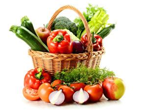 Обои Овощи Помидоры Яблоки Лук репчатый Перец Укроп Корзина Еда