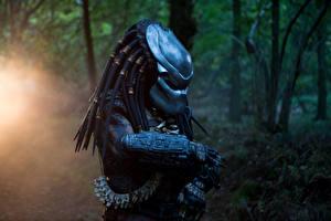 Обои Хищник В шлеме Predator Dark Ages Фантастика