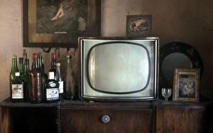 Фотография Старинные ТВ Бутылки Старые