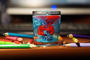Фото Крупным планом Вода Стакан Pencils