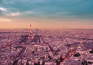 Картинка Франция Небо Париже Эйфелева башня Мегаполиса Сверху город
