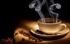 Картинки Кофе Крупным планом Чашке Дым Зерно Блюдце Еда