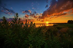 Картинки США Озеро Рассветы и закаты Небо Мичиган Облака Lake St Clair Природа