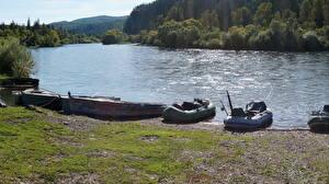 Картинки Речка Лодки Лето Сибирь Россия Природа