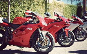 Фото Дукати Красный Втроем 996 1098 sportbike
