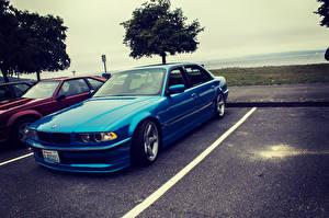 Картинка BMW Синие Парковка e38 750il автомобиль