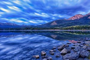 Обои Канада Небо Горы Камни Озеро Облака HDRI Джаспер парк Pyramid Lake, Alberta Природа