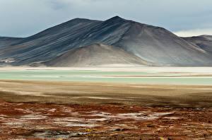 Картинки Исландия Гора Речка Природа