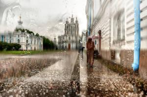 Картинка Санкт-Петербург Дождь Россия Зонт Улица Города Девушки