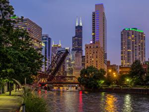 Картинки Штаты Речка Мосты Небоскребы Чикаго город Illinois Города