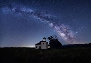 Фото Млечный Путь Болгария Храмы Небо Звезды Ночь St. Peter and Paul Chapel Космос