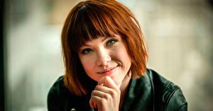 Обои Рыжая Взгляд Лицо Carly Rae Jepsen Музыка Знаменитости Девушки фото