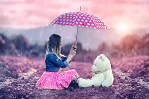 Фотография Плюшевый мишка Игрушки Зонт Сидящие Me and Teddy Alessandro Di Cicco Девушки