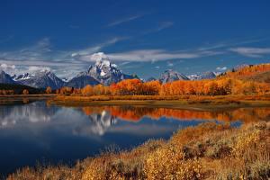 Фото Горы Осенние Озеро Пейзаж Природа