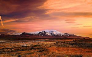 Картинки Исландия Гора Рассветы и закаты Пейзаж Природа