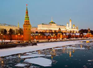 Фото Москва Россия Река Зима Московский Кремль Города