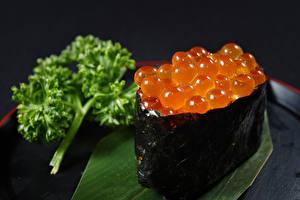 Фотографии Морепродукты Икра Суши Продукты питания
