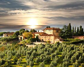 Обои Италия Здания Сады Рассветы и закаты Небо Тоскана Деревья Города