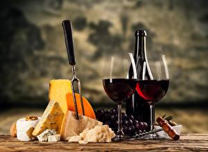 Обои Натюрморт Вино Виноград Сыры Бокалы Бутылка Пища