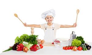 Картинки Овощи Томаты Капуста Перец овощной Лук репчатый Девочки Повара Ложка ребёнок