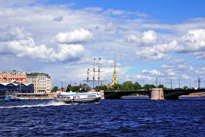 Фотографии Россия Санкт-Петербург Речка Мосты Дома Корабль Биржевой мост город