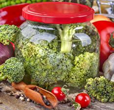 Фотография Овощи Брокколи Банка