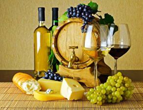 Обои Напитки Вино Бочка Виноград Сыры Бутылка Бокалы 2 Продукты питания