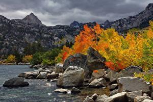Фотографии Гора Озеро Осенние Пейзаж Природа